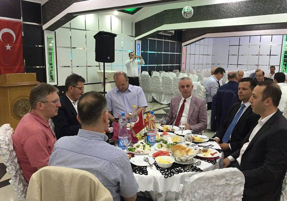 21.06.2016 tarihinde ADEKSAM Eğitim Kültür ve Sanat merkezinin düzenlediği iftar yemeği