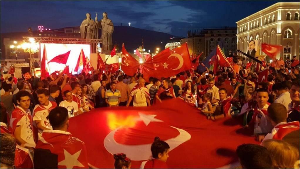 15 Temmuz Milli İradeye Destek, Darbeye Hayır Mitingi Üsküp Meydanı